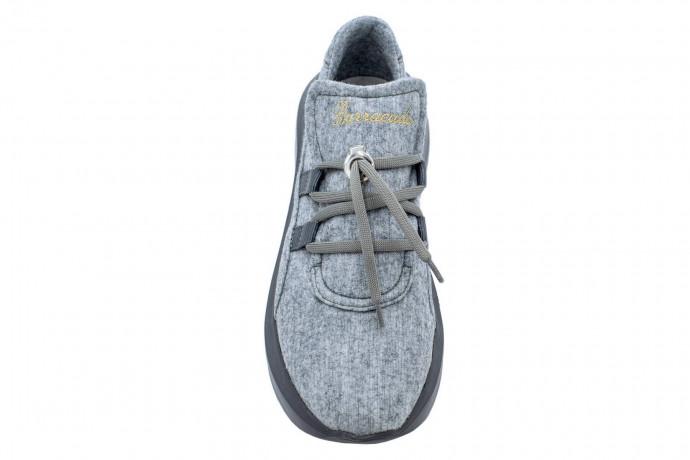 Легкие кроссовки с мехом Barracuda
